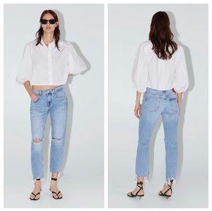NWT. Zara Beach Blue Slim Boyfriend Jeans. Size 4.